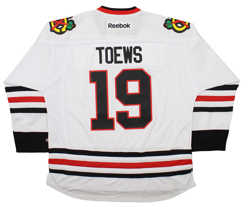 Reebok NHL Mens Chicago Blackhawks Jonathan Toews  19 Premier Jersey ... 58d8c70d6