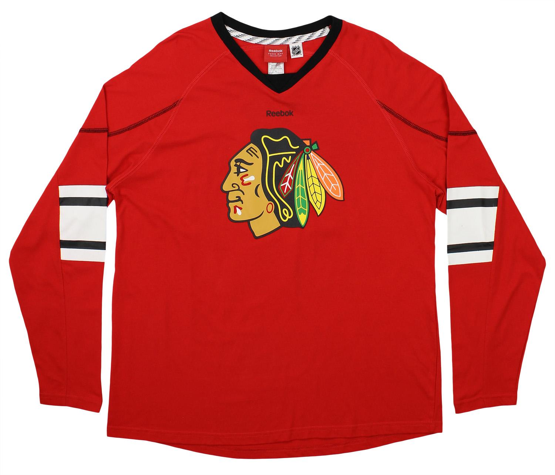 40bd4d9f2 Reebok NHL Chicago Blackhawks Jonathan Toews  19 Mens Long Sleeve Shirt
